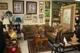 Antique Furniture Stores Indianapolis Shelly U0027s Closet Of Treasures Indy A List