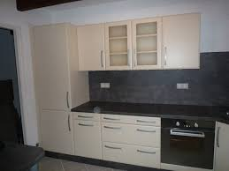 cuisine pose pose d une cuisine contemporaine à rocbaron 83 modèle zinnia