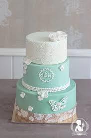 hochzeitstorte schmetterling jadegrün mademoiselle cupcake