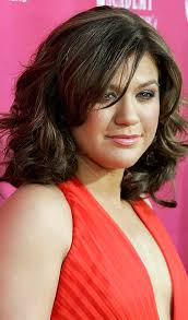 hair cuts to increase curl and volume 20 most flattering hairstyles for round faces