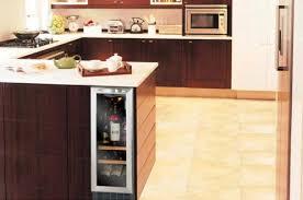 cave a vin encastrable cuisine cave a vin inox armoire e vin darty cave a vin cuisine avec
