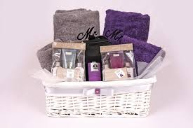 mr and mrs gift set u2013 the wickerberry