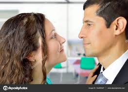 l amour dans le bureau l amour est dans le bureau photographie nanaplus 144402247