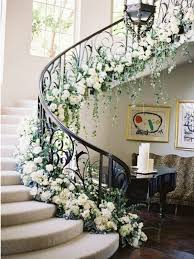 Banister Pictures Best 25 Wedding Staircase Decoration Ideas On Pinterest Wedding