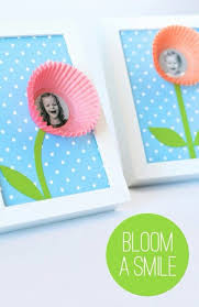 s day presents 25 mothers day ideas you can print or make paper cupcake