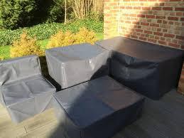 housse de protection pour canapé de jardin housse protection salon de jardin uteyo