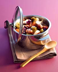cuisine à la cocotte recette cocotte de légumes d hiver à la liqueur de cassis