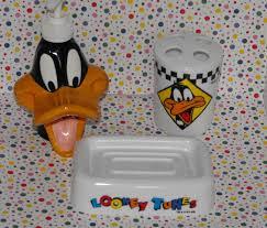 Duck Bathroom Decor Warner Bros Looney Tunes Daffy Duck Bathroom Decor Lot