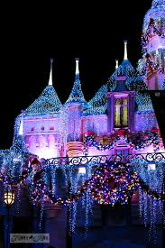 When Is Disney Decorated For Christmas How To Survive Disneyland During Christmas With Park Picturesfunky