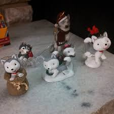 i think i need more husky ornaments to the snow dogs