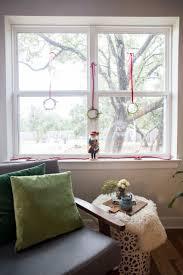 window wreaths simple mini christmas wreaths one minute