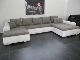 Wohnzimmer Couch Kaufen Polstermobel Billig Uberraschend Sofas Kaufen Burostuhl Wohnzimmer