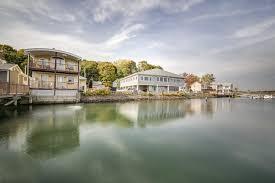 10000 Sq Ft House Work Eat Play The Quinnipiac River