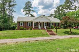 Stonegate Farmhouse 4528 Forestville Rd Raleigh Nc 27616 Estimate And Home Details