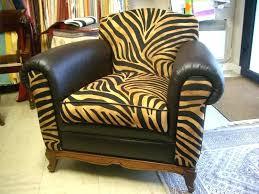 comment réparer un canapé en cuir déchiré canape cuir dechire reparation canape simili cuir la racparation