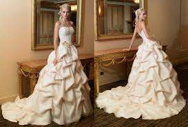 Designer Wedding Dresses Online Rent A Wedding Dress Online Wedding Dresses Wedding Ideas And