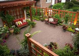 jardin cloture clôture de jardin originale en cinquante idées captivantes
