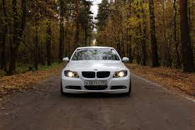bmw slammed autumn photoset of slammed bmw e90 4 by blackself91 on deviantart