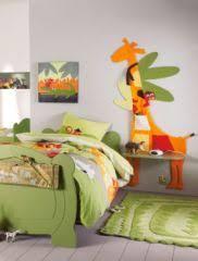 le de chevet chambre bébé chambre d enfant table de chevet et décoration murale décorer
