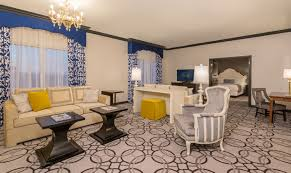 Paris Las Vegas Interior Ooh La La Paris Las Vegas Hotel Rooms Get A Snazzy Makeover
