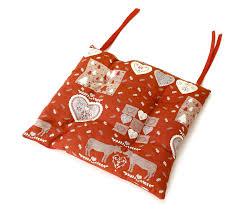 linge de lit style chalet montagne galette de chaise carrée rouge type chalet en coton grenier alpin