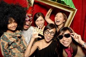Photo Booth Rental Seattle Happy Booth Day Event Rentals Seattle Wa Weddingwire