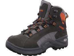 womens desert boots size 9 lowa desert boots size 9 lowa kody ii gtx boot s