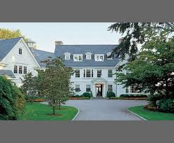 Classic Colonial Homes Classic New England Clapboard Colonial With Tons Of Style