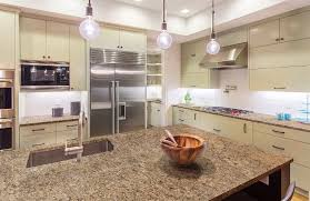 what color cabinets go with venetian gold granite new venetian gold