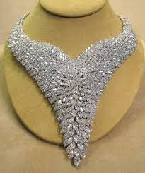 platinum necklace with diamonds images Things you need to know when buying a diamond necklace jpg