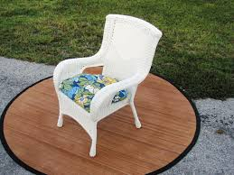 White Plastic Wicker Patio Furniture - beauty white resin wicker patio furniture furniture design ideas
