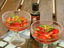 cuisine au vin rosé recettes de fraises au vin et vin rosé