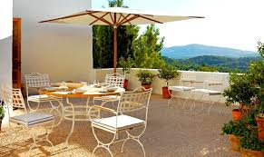 Wrought Iron Patio Table Set by 10 New Ways To Think About Wrought Iron For The Garden Or Patio
