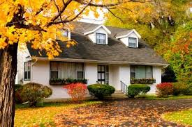 buying older homes the pros and cons of buying an older home 55places com blog