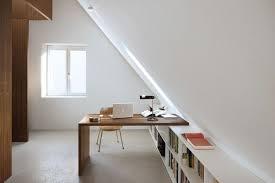 amenagement d un grenier en chambre maximiser les espaces sous les combles tout est possible attic