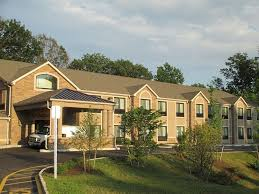 Red Cottage Inn Suites by Book Red Carpet Inn And Suites Monmouth Jtc In Monmouth Junction