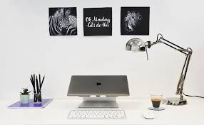 Your Desk What Your Desk Says About You U0026 Your Personality
