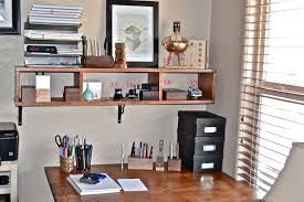 whats on your desk mike dudek officesupplygeek