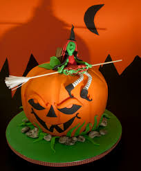 Scary Halloween Cake by Halloween Witch Jpg