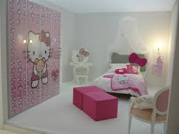 hello kitty bedroom with pink walls and hello kitty bedding hello kitty bedroom with pink walls and hello kitty bedding