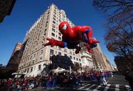 macy s annual parade lifts nyc spirits ny daily news