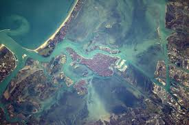 astronaut photography from space helped u0027discover the earth u0027 nasa