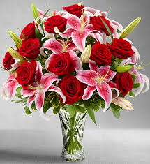 roses and lilies flowers flower delivery send flowers online ashleys flowers