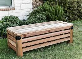 Diy Wooden Garden Bench by Diy Outdoor Storage Ottoman