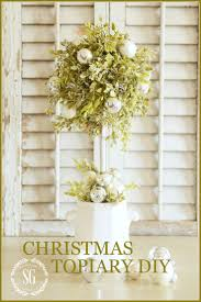 Pre Lit Topiary Best 10 Christmas Topiary Ideas On Pinterest Large Outdoor