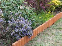 How To Mulch Flower Beds Planting Flowerbeds U0026 Garden Borders Choosing Plants For