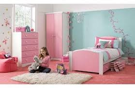 Creative Little Girl Bedroom Ideas Rilane - Ideas for small girls bedroom
