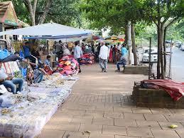 vashi market vashi bus depot 52 hawkers at vashi market ordered to evacuate