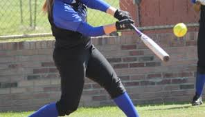 hot softball bats best softball bats of 2018 swing for the fences with any of