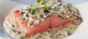 comment cuisiner le pavé de saumon pavés de saumon à l oseille recettes cookeo